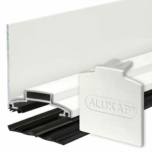 Alukap-XR 60mm Wall Bar 4.8m  45mm RG WH Alu E/Cap